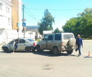 Пензенский автомобилист ищет свидетелей аварии на Южной поляне