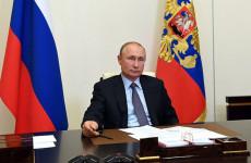 Владимир Путин готовит телеобращение к гражданам России