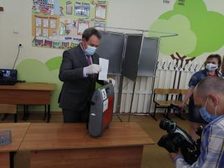 Валерий Лидин проголосовал по поправкам в Конституцию РФ