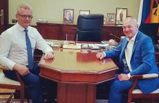 О чем губернатор Иван Белозерцев договорился с депутатом Туктаровым?