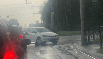 Авария спровоцировала пробку на проспекте Победы в Пензе