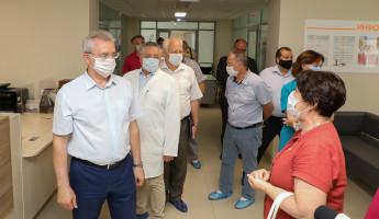 Пензенский губернатор проверил ремонт офтальмологической больницы
