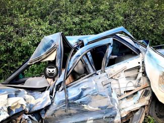 Опубликованы ужасающие фото с места смертельной аварии под Пензой