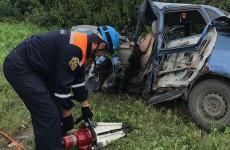 В Пензенской области труп водителя вырезали из машины после ДТП