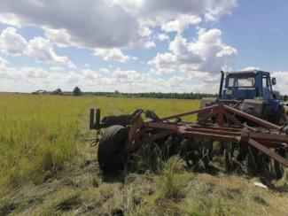 Жуткая смерть в Пензенской области: человека раздавило трактором