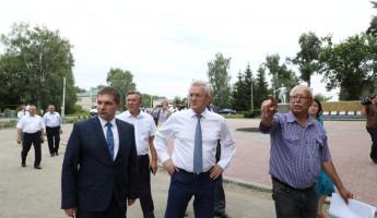 Пензенский губернатор оценил ход реконструкции площади в Малой Сердобе