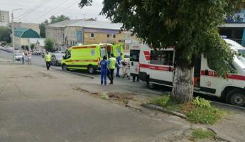 В самом центре Пензы под колеса машины попал велосипедист
