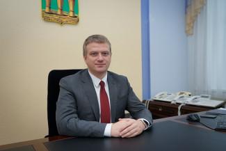 Андрей Лузгин поздравил с окончанием школы пензенских выпускников