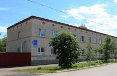 Владимир Вдонин помогает в ремонте детского дома