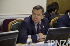 Непотопляемая «Автодорога»: как связывают проблемы Недопекиной и отставку Гришаева