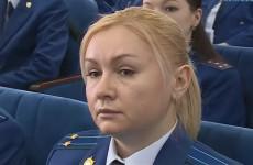 Прокурор Коновалова нашла у Воскресенского бесхозяйных макак