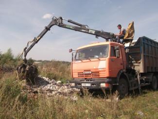 В Первомайском районе образовалась незаконная свалка