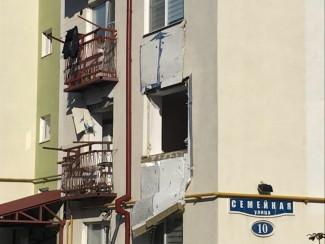 Появились фотографии с места взрыва в жилом доме в Терновке