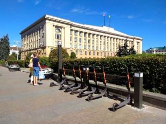 В Пензе появились пункты проката электросамокатов