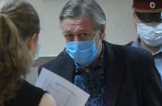 Суд огласил приговор актеру Михаилу Ефремову