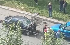 На проспекте Строителей в Пензе столкнулись 4 машины, есть пострадавшие