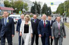 В Заречном Иван Белозерцев побывал на церемонии регистрации брака