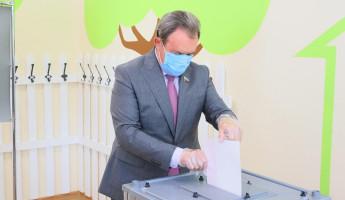 Валерий Лидин посетил избирательный участок в Пензе