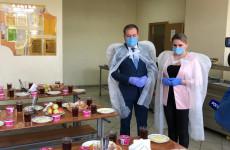 Организацию горячего питания в школах проверили пензенские единороссы