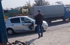 На улице Рябова в Пензе легковушка попала в серьезное ДТП