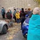 «30 человек стоят на улице». Пензенца возмутила очередь в поликлинику