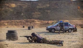 В Пензе офицеры спецподразделения провели для сотрудников Росгвардии занятия по стрельбе из табельного оружия