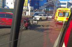 В Пензе разбились две машины, на месте работает «скорая». ФОТО