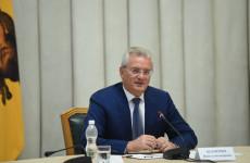 Пензенский губернатор рассказал, как защищается от коронавируса