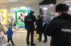 В торговых центрах Пензы прошли рейды по соблюдению масочного режима