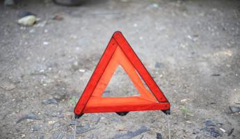 В Пензенской области 20-летняя девушка на «Оке» влетела в ограждение