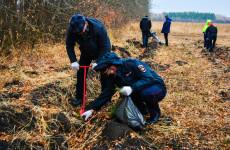 В Пензенской области в ежегодной акции «Посади лес» приняли участие полицейские