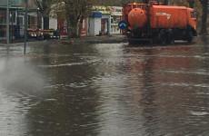 В Пензе коммунальные службы начали откачку дождевой воды