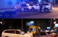 Молодого водителя увезли в больницу после жесткого ДТП в центре Пензы