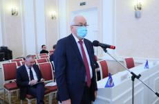 Кандидатура Симонова утверждена на пост главы областного кабмина