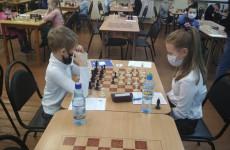 В Пензе проходит шахматный турнир среди школьников