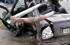 Столб в «Приоре». Обнародовано шокирующее видео с места ДТП в Пензе