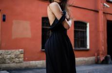 В Пензе женщина вместо итальянского платья получила халат