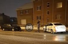 В Пензе отечественная легковушка влетела в машину такси