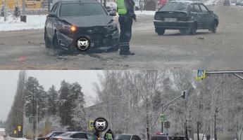 В Заречном жестко столкнулись два детища отечественного автопрома