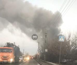 Серьезный пожар в пензенской Нахаловке: перекрыта дорога на Заречный