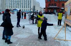 Пензенцы в центре города померились силами