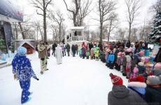 В пензенских парках проходят новогодние представления