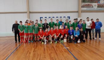 В Пензе более 400 школьников участвовали в областных соревнованиях  «Мини-футбол в школу»