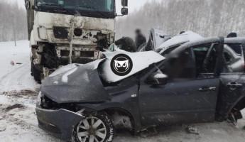 Стали известны подробности вчерашнего ДТП в Малосердбинском районе