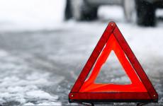 Жесткое ДТП в Пензенской области: легковушка влетела в фонарный столб
