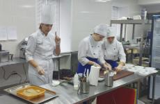 В Пензе для школьных поваров прошел мастер-класс по готовке разнообразных блюд
