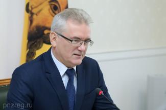 Пензенский губернатор: К вывозу снега нужно приступить оперативно