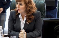 Кому мешает депутат Коломыцева