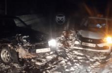 Ночью в Пензе разбились две легковушки