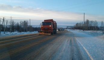 В Пензенской области более 200 спецмашин очищают дороги от снега